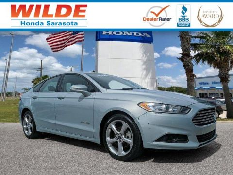 Pre-Owned 2013 Ford Fusion Hybrid SE Hybrid
